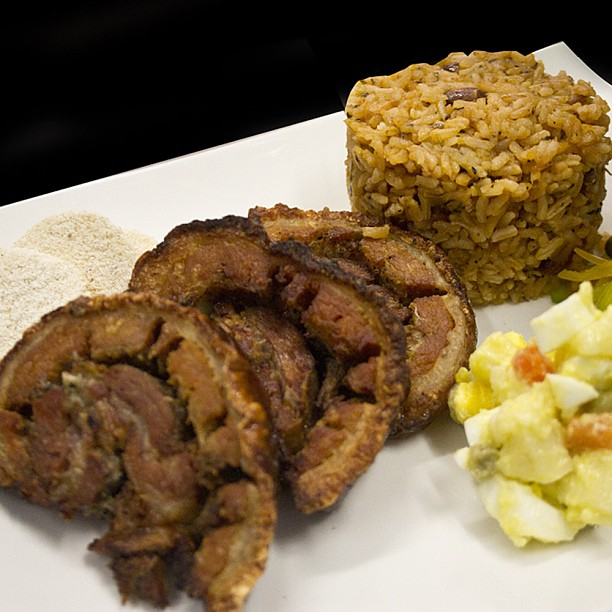 Higuero men tel fono y precios del restaurante for Chambre de guandules